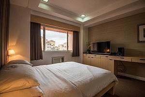 twobedrooms-2br-at-mckinleyhill-fort-bonifacio-taguig-bgc