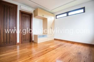 5-bedrooms-5br-house-and-lot-for-sale-in-global-city-taguig