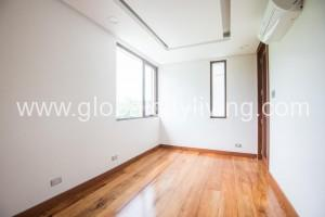 bare-unit-house-and-lot-for-sale-in-mckinley-west-fort-bonifacio-global-city-taguig