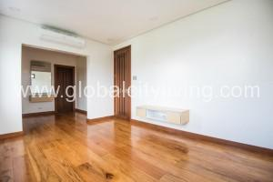 mckinley-5bedrooms-house-and-lot-for-sale-in-fort-bgc