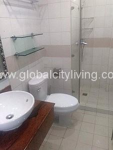 Toilet and Bath One Bedroom 1BR Condo For Sale at Bellagio Tower 2 BGC