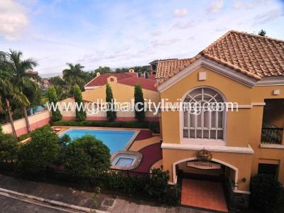 for-rent-cond-in-mckinley-garden-villas-3br-pool-clubhouse