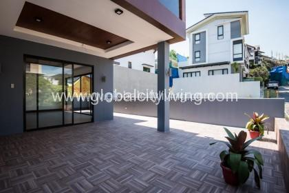 5bedrooms-house-and-lot-for-rent-in-mckinley-hill-taguig-philippines