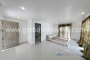 Fort-Bonifacio-Mckinley-Hill-House-For-Sale