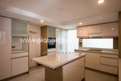 house-and-lot-for-sale-in-mckinley-hill-village-fort-bonifacio-global-city-kitchen