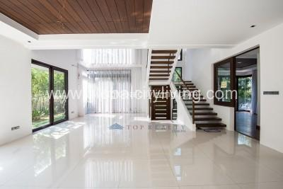 house-and lot-for-sale-in-mckinley-hill-village-fort-bonifacio-global-city-taguig-philippines