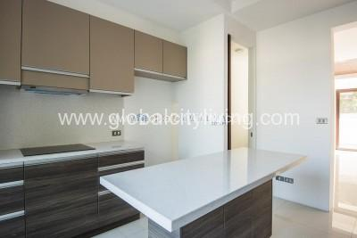 house-and lot-for-sale-in-mckinley-hill-village-fort-global-city-kitchen
