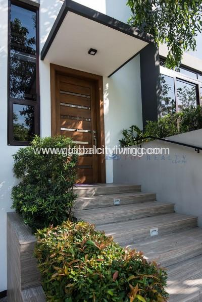 house-and lot-for-sale-in-mckinley-hill-village-fort-global-city-philippines