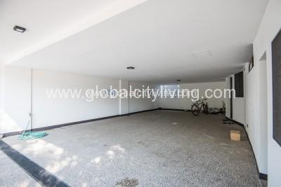 house-and lot-for-sale-in-mckinley-hill-village-fort-global-city-taguig-parking