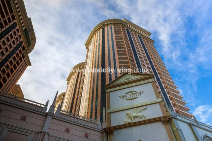 the-venice-luxury-residence-in-mckinley-hill-taguig