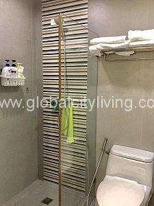 toilet and bath one bedroom 1br condo for sale forbeswood parklane bgc