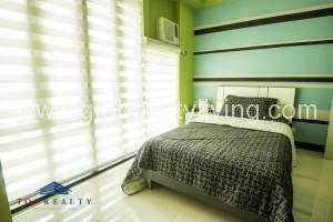 2-bedrooms-condos-for-rent-in-stamford-mckinley-hill-taguig