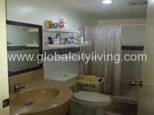 bathroom-3bedrooms-condo-forsale-in-bgc-fort