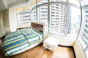 fully-furnished-rfo-2br-condo-for-sale-in-one-central-makati-city