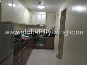kitchen-2br-2bedrooms-condos-in-venice-mckinley-hill-taguig