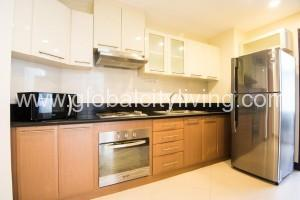 kitchen-two-bedrooms-condos-for-sale-at-makaticity-onecentral