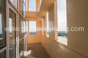 venice-luxury-residences-with-balcony-rfo-condo-for-sale-in-mckinley-hill-fort-bonifacio-global-city-taguig