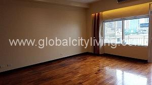 One Serendra Palm Condo For Rent in BGC