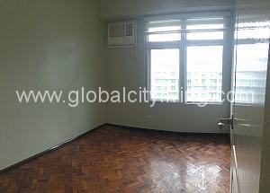 three-bedrooms-3br-condo-forrent-at-two-serendra-fort-bonifacio-globalcity
