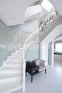 luxury staircase house and lot for sale in alabang daanghari