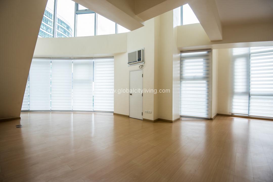 Brand New Corner Unit Three Bedroom 3br Loft Condo Unit For Sale With Manila Golf Course And