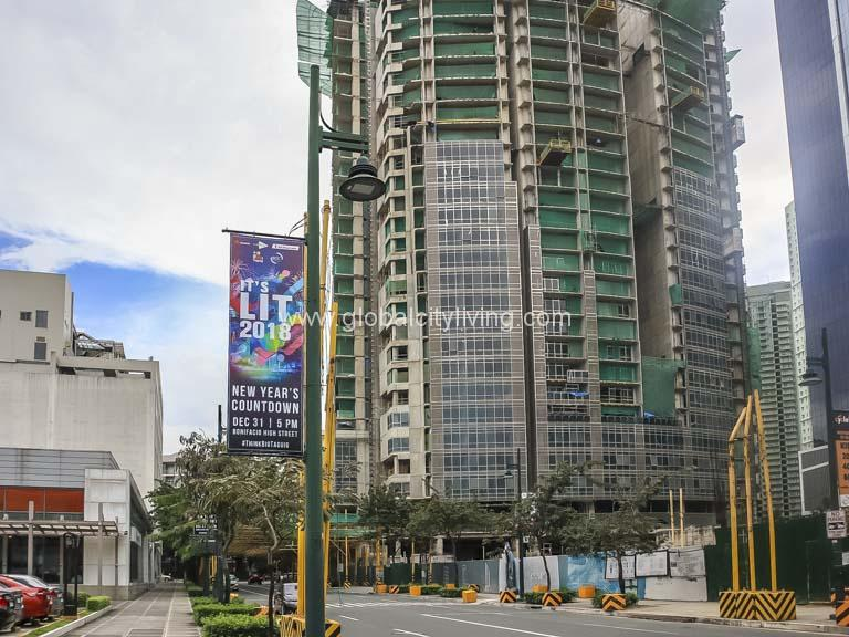 East Gallery Place Condo For Sale in BGC