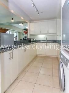 Kitcheb Area One Bedroom 1BR Condo For Sale in Bonifacio Global City