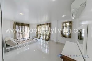 Spacious-Five-Bedrooms-5BR-House-and-Lot-For-Sale-Mckinley-Hill-Village-Bonifacio-Global-City