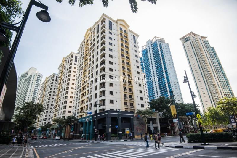 Forbeswood Heights Condo For Sale in Bonifacio Global City