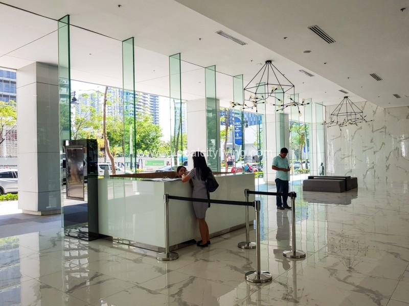 Lobby Highstreet South Corporate Plaza Office Space For Sale -For Rent in Bonifacio Global City Taguig