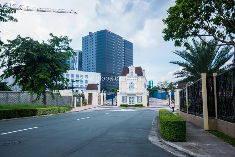 Mckinley West Fort Bonifacio Highend Lot For Sale near BGC