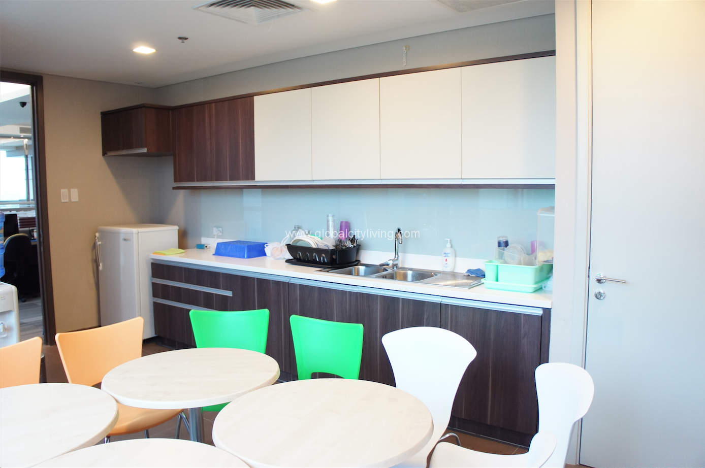 office unit. Highend Office Unit For Sale Staff Pantry _ One Global Place