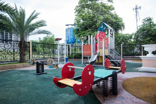 Mckinley-West-Playground