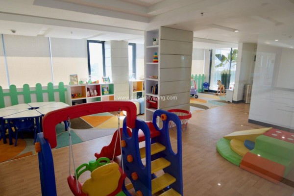 childrens play area st moritz mckinley west condo fort sale