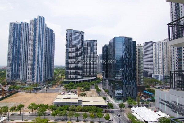 city view 2br condo for sale at verve residences fort bonifacio BGC