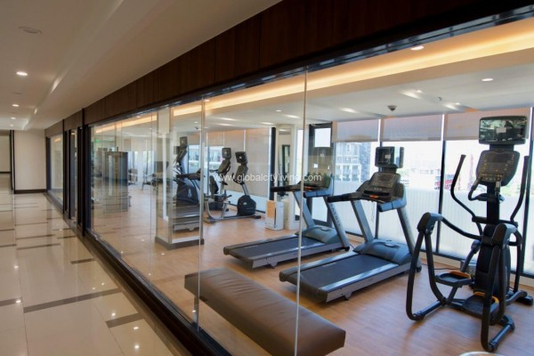 gym amenties fort bonifacio condo for sale