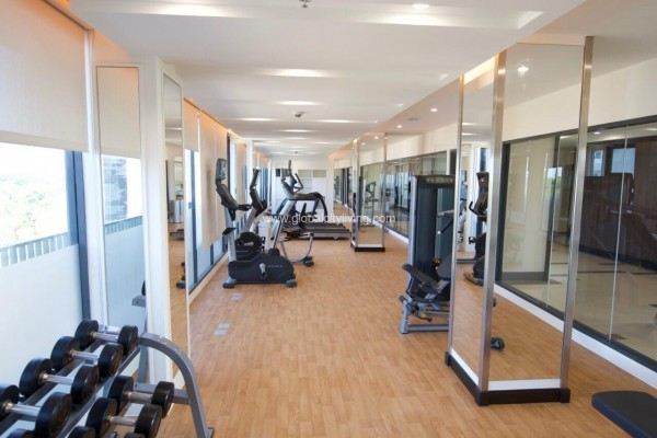 st moritz gym amenities condo for sale in mckinley west