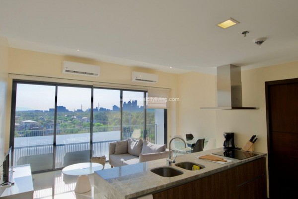 two bedroom 2br condo for sale in st moritz mckinley west fort bonifacio bgc