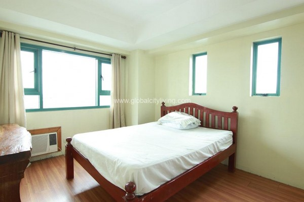 3br condo for sale for sale in mkcinley park residences bgc fort taguig city