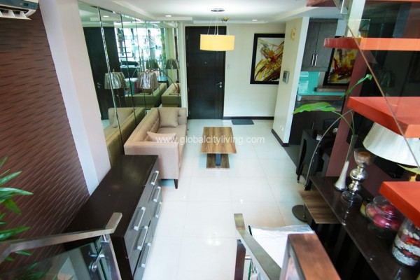 Iliving area three bedroom 3br condo for sale at bellagio 2 fort bonifacio bgc