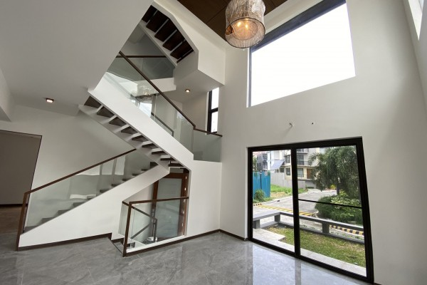 mckinley hill village house and lot for sale in fort bonifacio bgc